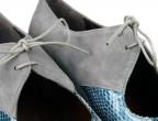 A23 Ante gris | Piel fantasía (fuera de catálogo) , detalle cordonera